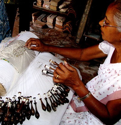 Beeralu Lace Making